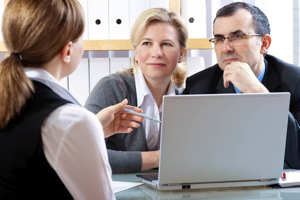 Top Reasons Why You Need A Financial Advisor